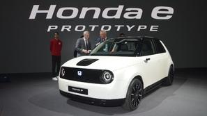 هوندا تكشف عن سيارتها الكهربائية.. وتتعهد بإنقاذ الكوكب