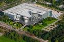 فولكس واجن توقف رسمياً إنتاج فيتون وتعرض آخر نسخة منها في المصنع