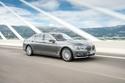صور بي ام دبليو تقدم سيارتها 750d بأقوى محرك ديزل سداسي الاسطوانات في العالم