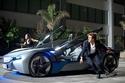 BMW تودع i8 سيارة النجم توم كروز