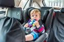 المقعد الموجه للأمام:  يناسب الأعمار من سنتين إلى 4 سنوات
