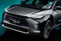 تويوتا bZ4X تتميز بواجهة مميزة للسيارات الكهربائية بدون شبك أمامي