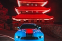 فورد موستنج بوس 302 تتألق باللون الأزرق وجنوط مميزة من CC Wheels 1