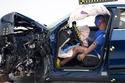 """استطاعت السيارة """"إي ترون"""" من التفوق في الاختبار في اختبارات تحمل الصدم"""