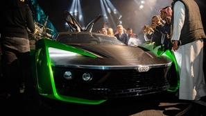 بالصور والفيديو.. اكتشف السيارة السعودية 2030 الوحيدة في العالم