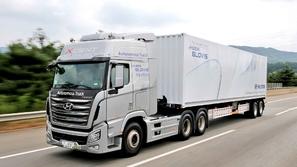 هيونداي تكمل أول رحلة بشاحنة ذاتية القيادة في كوريا