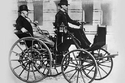 1886: DAIMLER MOTORIZED CARRIAGE - 11 ميل