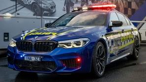 بالصور والفيديو.. أسرع سيارة شرطة في تاريخ أستراليا
