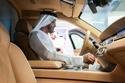 الشيخ محمد بن زايد في تجربة لسيارة أوروس الروسية الرئاسية