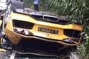 بالصور انقلاب سيارة لمبرجيني افنتادور في سنغافورة بسبب السرعة 1