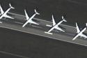 الطائرات يتم تخزينها بشكل متلاصق حتى يتم صيانتها