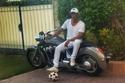 محمد رمضان ودراجته النارية