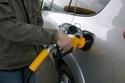 2- وجود صعوبة في فصل مسدس الوقود عند تزويد السيارة بالوقود