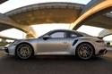 الشركة الألمانية العريقة لصناعة السيارات الفارهة والخارقة بورش