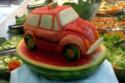عشاق البطيخ والسيارات! صور ستنال إعجابكم!