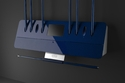 شاشة اللمس بجودة عالية والطاولة مصنوعة من مادة التيتانيوم ومواد أخرى