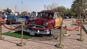 بالصور: مهرجان السيارات الكلاسيكية في الدرعية