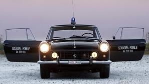 آخر نسخة في العالم: طراز فيراري GTE-250 للبيع