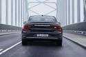 2021-Volvo-S90-hybrid-in-Platinum-Grey-2