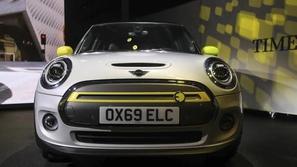 بالصور: ميني كوبر SE لمحبي السيارات الكهربائية