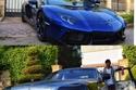 عمرو مصطفى ينضم لقائمة الساخرين من سيارات محمد رمضان