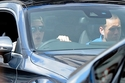 بروكلين بيكهام وهو يقود سيارته مرسيدس سي كلاس كوبيه