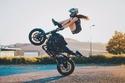 """انضمام سائقة الدراجات النارية المجازفة """"ساره ليزيتو"""" إلى فريق إكس دبي"""