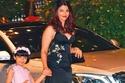 إنها الأنيقة وملكة جمال العالم في عام 1994 آيشواريا راي