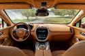 2021-Aston-Martin-DBX-1