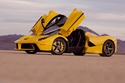 فيراري لافيراري صفراء عداد 510 كلم للبيع بأكثر من 13 مليون ريال! 2