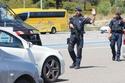 شاهد ما الذي عثرت عليه الشرطة الإسبانية بداخل سيارتين مشبوهتين!