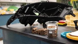 بالصور.. مشروع فورد وماكدونالدز لتصنيع قطع غيار السيارات من القهوة!