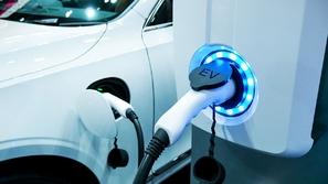 سيتي جروب: السيارات الكهربائية تقلص الطلب على النفط