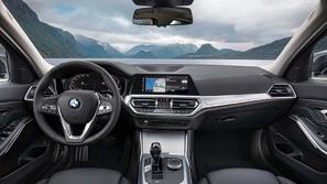 بالفيديو.. BMW تشرح كيفية إعادة ضبط نظام السيارة