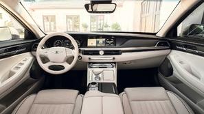 جينيسيس G90 سيارة لا تحتاج لسائق