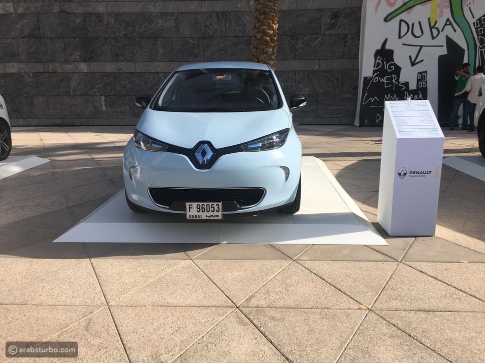 العربية للسيارات تعرض سيارات رينو الكهربائية في حفل المسرعات الحكومية
