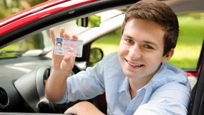 تجديد رخصة السياقة السعودية