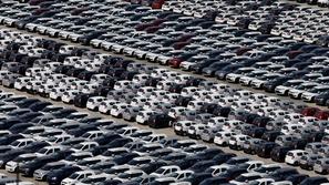 الهند تسجل أسوأ نسبة مبيعات في تاريخ السيارات
