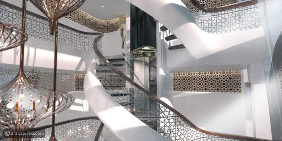 يخت بتصميم إسلامي وبمسجد على سطحه