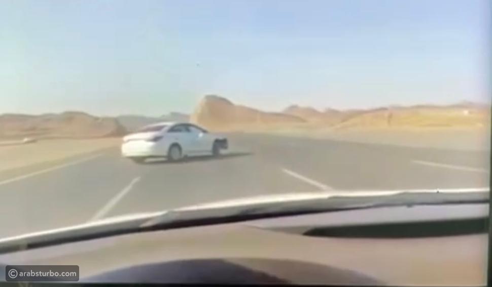 المرور يضبط قائد مركبة ينشر مقاطع للتفحيط في طرق المدينة المنورة