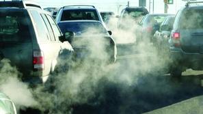 البرلمان الأوروبي يوافق على خفض انبعاثات عوادم السيارات
