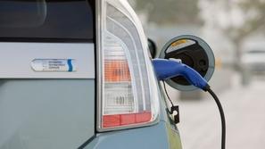 الفاتيكان يشجع على استخدام السيارات الكهربائية