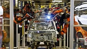إنشاء أول مصنع لتجميع السيارات في السعودية