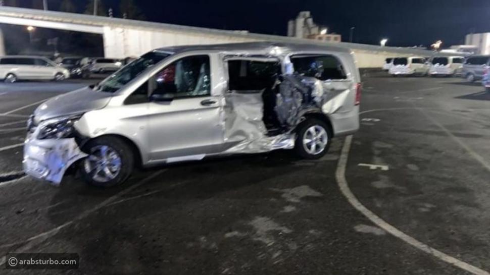 عامل غاضب من مرسيدس يحطم سيارات بقيمة 9 مليون ريال