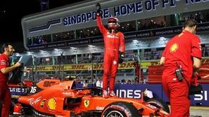 فورمولا 1: لوكلير ينطلق أولاً في سباق جائزة سنغافورة
