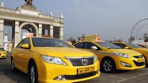 اقتراح روسي.. استخدام التاكسى لنقل المسئوولين بدلًا من السيارات الخاصة