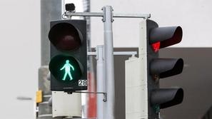 يعمل بالنية.. أغرب نظام إشارات مرور في العالم