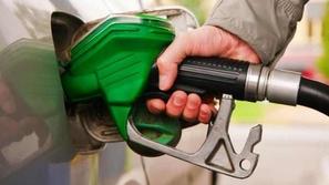 ثلاث دول خليجية ترفع أسعار الوقود