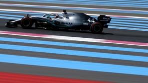 فورمولا 1: هاميلتون يسيطر على المقدمة بفوز تاريخي