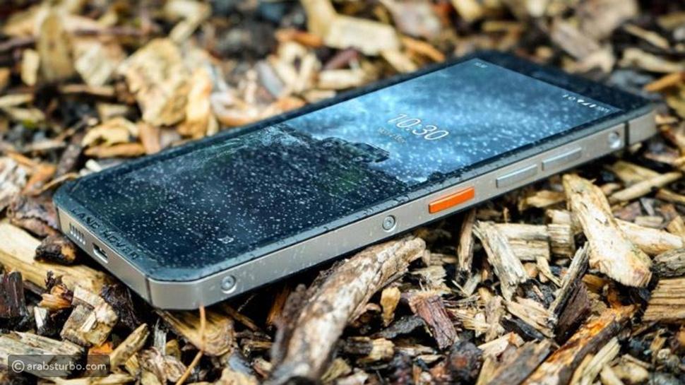 هاتف ذكي من لاندروفر بمميزات الاستخدامات الشاقة